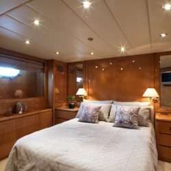 11.IDYLLE VIP cabin