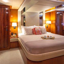 7. Yachtlove - AmorMaster