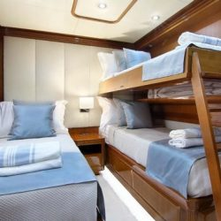 ELVI - TWIN CABIN WITH PULLMAN BED