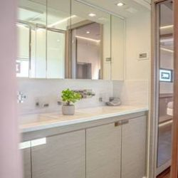 FOUNTAINE-PAJOT-POWER-67-CABINS-12