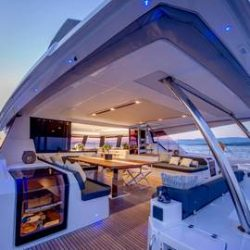 FOUNTAINE-PAJOT-POWER-67-VERTICAL-20