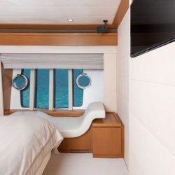 Ferretti780_TESORO_Master_cabin_detail