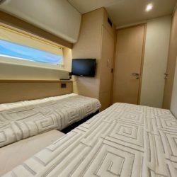 Prestige 550 Floria_Convertible guest cabin