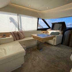 Prestige 550 Fly_Saloon3