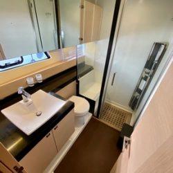 Prestige 550 Fly_Toilet-VIP
